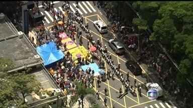 Sem-teto protestam na Zona Sul da capital - Os manifestantes reivindicam avanços na política habitacional e soluções para a crise hídrica.