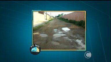 VC no PI TV: rua intrafegável provoca transtornos aos motoristas do bairro Saci - VC no PI TV: rua intrafegável provoca transtornos aos motoristas do bairro Saci
