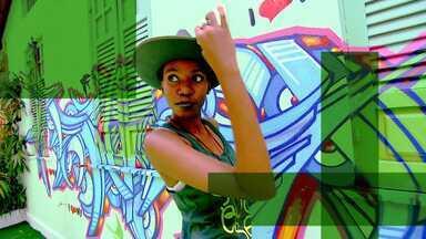 O Expresso da Moda e as dicas para uso dos Chapéus - Paula Magalhães mostra que os chapéus podem ser usados muito além das praias.