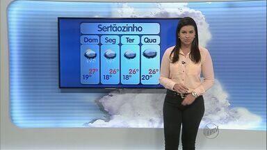 Há previsão de chuva no fim de semana em Ribeirão Preto - Áreas de instabilidade aumentam nuvens carregadas e possibilidades de chuva forte.