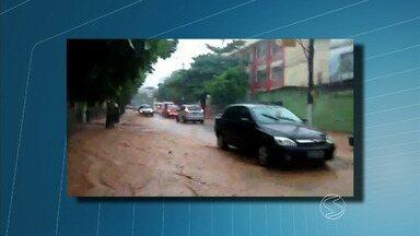 Chuva no Sul do Rio de Janeiro deixa Defesa Civil em alerta - Houve registro em várias cidades; as principais atingidas foram Barra do Piraí e Angra dos Reis.