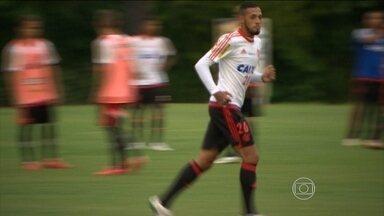 Sete meses depois, Paulinho é relacionado novamente em partida oficial pelo Flamengo - Rubro-negro enfrenta o Volta Redonda pelo Carioca.