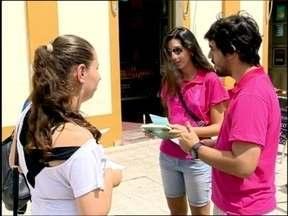 Alunos de Universidades de Pelotas fazem campanha de conscientização para o Dia da Mulher - Os estudantes são do curso de Medicina da UCPel e UFPel