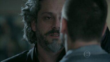 José Alfredo deixa João Lucas encarregado do comando da Império - O Comendador promete se vingar de José Pedro e pede que Lucas cuide da empresa