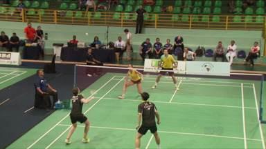 Foz do Iguaçu sedia Campeonato de Badminton - Esporte é um dos mais praticados em todo o mundo; competição reúne mais de 90 atletas de 17 países