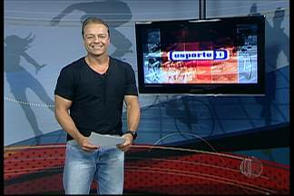 Íntegra Esporte D - 13/03/2015 - O programa desta sexta-feira mostrou um vídeo de uma família de pugilistas de Mogi das Cruzes e o último treino do Mogi, antes de encarar o São José pelo NBB nesta sexta-feira.