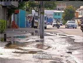 Flagrante mostra grande vazamento de água em Cabo Frio, no RJ - Vazamento aconteceu no bairro Portinho.