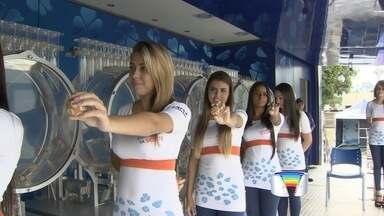 Mega-sena acumulada será sorteada em Roseira - Caminhão da sorte está estacionado na cidade.
