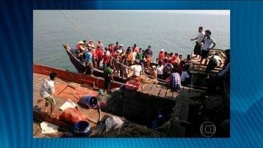Ondas gigantes causam naufrágio de embarcação em Mianmar - Testemunhas contaram que o mar estava muito agitado devido ao mau tempo. Equipes de resgate conseguiram salvar 167 pessoas. Não se sabe o número exato de passageiros, uma vez que elas costumam exceder - em muito - a lotação máxima.