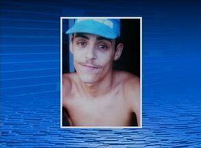 Jovem de 20 anos é morto a tiros em Caruaru - Segundo a Polícia Civil, ele transitava de moto por uma rua do Bairro José Carlos de Oliveira quando foi atingido