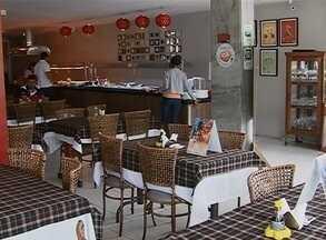 Em Caruaru, 40% dos bares, hotéis e restaurantes não renovaram licença - Proprietários dos estabelecimentos devem procurar a Secretaria de Saúde. De acordo com assessoria, penalidades vão desde advertência à interdição.