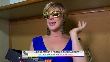 Claudia Raia abre guarda-roupa de sua personagem: 'Ela é uma mulher colorida' - Atriz comenta o glamour das roupas de Samantha de Alto Astral