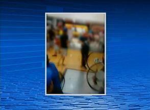 Briga em shopping de Caruaru é filmada e compartilhada na internet - De acordo com a assessoria do estabelecimento, tudo não passou de um desentendimento entre dois jovens.