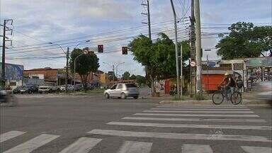 Trinta cruzamentos de Fortaleza têm assaltos frequentes - Motoristas se dizem temerosos nos pontos.