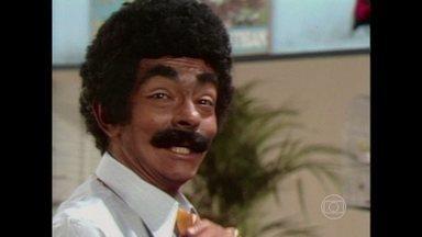 Chico Anysio narra as armações do malandro Azambuja - Relembre um dos personagens mais populares do humorista