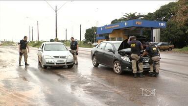 A Polícia Rodoviária apreendeu um veiculo roubado e o motorista foi preso - A polícia rodoviária apreendeu um veiculo roubado e o motorista foi preso.