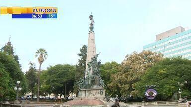 Passeio de ônibus por Porto Alegre passa pelo centro da cidade - Infresso tem desconto no aniversário da capital.