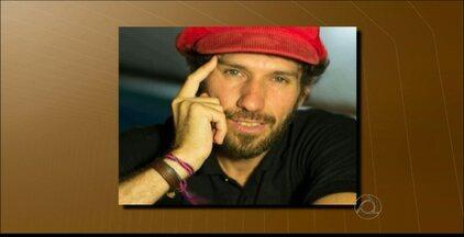 Inquérito da morte de Marcos Pinto é discutido na Secretaria de Segurança Pública na PB - Parentes e amigos do ator pedem agilidade na perícia do homicídio que aconteceu há três meses.