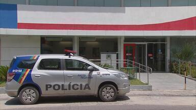 Bandidos assaltam banco na Zona Sul do Recife - Assalto foi à agência do Bradesco da Rua Barão de Souza Leão, no bairro de Boa Viagem.