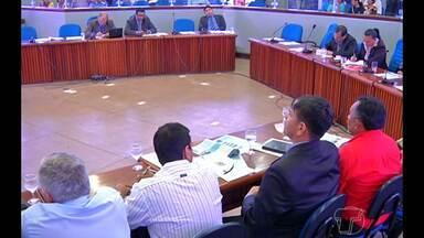 Audiência pública em Santarém debate altas taxas de energia - Celpa, procon e representantes da sociedade participaram.Conta do paraense sofreu reajuste de 34% em agosto de 2014.