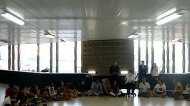 JPB2JP: Estudantes ocupam prédio da reitoria da UFPB - Elaboraram uma lista de reivindicações.