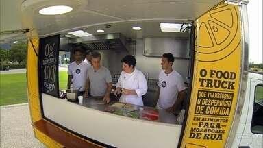 Food truck diferente alimenta moradores de rua - Chef Roberta Sudbrack faz Ragu de costelinha com sobras de seu restaurante no Rio de Janeiro