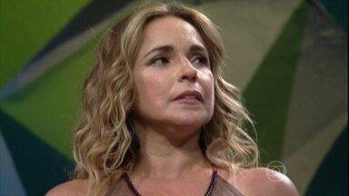 Ivete Sangalo faz Daniela Mercury chorar com declaração - Cantora salienta a importância da amiga para a música baiana