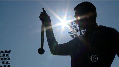 Gustavo Borges relembra conquista dramática da medalha olímpica de prata em 1992 - Nadador brasileiro relembra estreia nas Olimpíadas, nervosismonos 200 metros e hora da virada que culminou na final dos 100 metroscom toda a polêmica gerada pelo erro da apuração do tempo final.