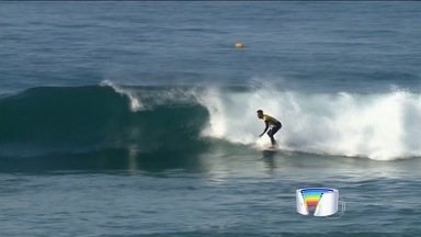 Medina e Filipinho são eliminados na 2ª etapa do Mundial de Surfe - Etapa foi vencida por Mick Fanning.