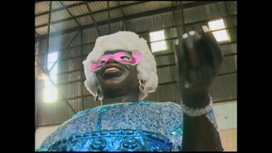 Confira a preparação da escola Nega Maluga para carnaval - A escola tem como tema a Nigéria.
