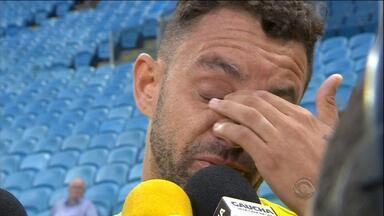 Magrão revela que trata câncer que teve com remédios - Jogador do Novo Hamburgo foi pego em exame antidoping.
