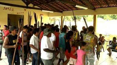 Índios Guajajaras mantém reféns quatro funcionárias do Ministério da Saúde. - Índios Guajajaras mantém reféns quatro funcionárias do Ministério da Saúde.