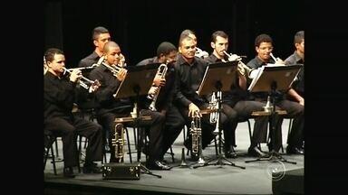 Tatuí oferece música para a população - Quem mora ou está perto de Tatuí (SP) pode apreciar boa música. Acompanhe a dica no vídeo do Bom Dia Cidade.