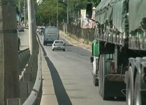 Nova licitação para ampliação da Avendida Santos Jones Neves será feita, no Sul do ES - Avenida já deveria estar pronta e ampliada. Elas é uma das mais movimentadas em Cachoeiro de Itapemirim.