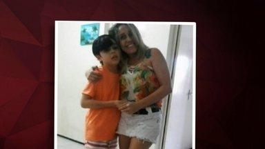 Mulher mata filho de 9 anos com sorvete envenenado, diz polícia - Ela tentou matar o marido envenenado e colocar a culpa nele. Motivo do crime seria seguro de R$ 150 mil e pensão de R$ 4 mil que ela ganharia com a morte do marido.