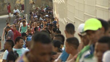 Torcida do Bahia já faz fila para comprar ingresso para final do Nordestão - Fila já é grande nesta segunda; veja.