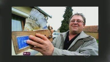 Croata recebe pelo correio carteira que havia perdido há 14 anos - Homem ficou surpreso ao ver que tinha mais dinheiro do que quando perdeu o objeto