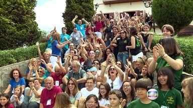 Família Bortoni reuniu mais de 160 parentes de vários estados do Brasil e do exterior - Roberto Bortoni, organizador do evento, reuniu parentes pelas redes sociais durante um ano