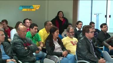 Servidores da Unicentro entram em greve - Depois da greve dos professores, os servidores da Unicentro paralisaram as atividades.