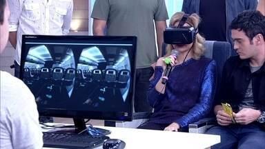 Maria Eduarda de Carvalho tenta vencer o medo em simulador de voo - Medo de avião atinge 6,5% da população mundial