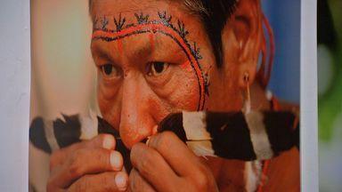 Escritor indígena lança livro sobre experiências de vida - Escritor indígena lança livro sobre experiências de vida.