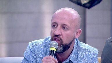 Fabrício Carpinejar admite ser um pai ciumento - Escritor comenta a dificuldade de ver sua filha sair de casa para morar com o namorado