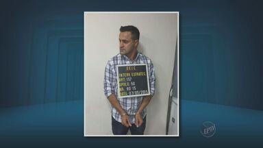 Suspeito de participar de quadrilha especializada em grandes assaltos é preso - O suspeito era responsável pela logística da quadrilha. No carro dele foram encontrados R$ 9,5 mil, munição, carregadores de fuzil e dez celulares.