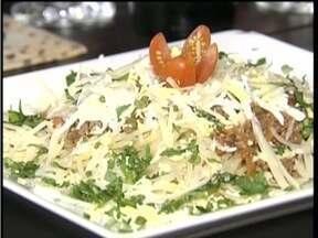 Confira receita do prato 'Bolonhesa Carioca' para o Dias das Mães - Receita é simples é prática de fazer