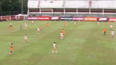 Fluminense se prepara para esteia no Brasileirão contra o Joinville - Fred e Magno Alves estão confirmados no time titular.