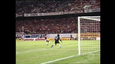 Inter empata em 1 a 1 com o América de Cali na Libertadores de 1993; relembre - Assista ao vídeo.
