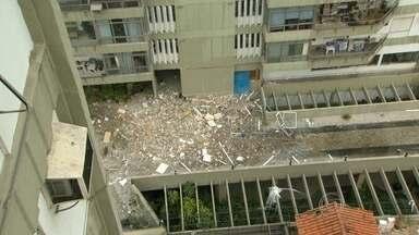 Prédio da Zona Sul do Rio fica interditado por mais 48 horas - A Defesa Civil segue trabalhando no prédio que sofreu com a explosão na última segunda-feira (19). Segundo os técnicos, o prédio segue interditado por mais 48 horas.