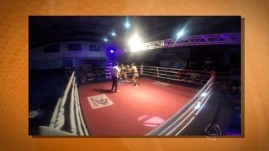 Caiubi Índio fatura cinturão no muay thai do Quebrando Regras - O lutador de muay thai Caiubi Índio faturou o cinturão profissional do 10º Quebrando Regras, em Campo Grande, na categoria até 63,5 kg. Ele nocauteou no 2º round o lutador Wendel Jamaica.