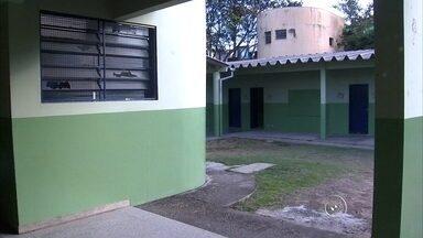 Escola infantil é novamente invadida em Campo Limpo Paulista - Mais uma vez a escola municipal infantil São José, em Campo Limpo Paulista, foi invadida por criminosos. Este é o sétimo furto desde o início do ano.