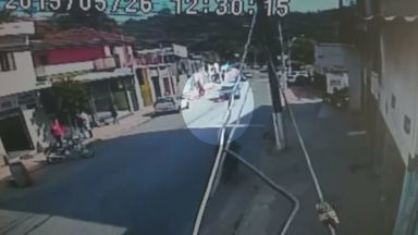 Criança de 4 anos é atropelada no bairro Santo Antônio, em Itajubá (MG) - Criança de 4 anos é atropelada no bairro Santo Antônio, em Itajubá (MG)